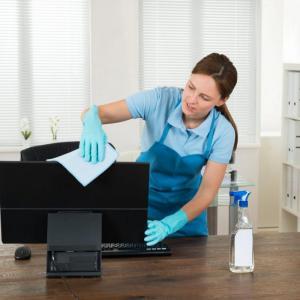 Prestação de serviços de limpeza comercial